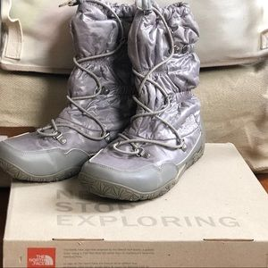 North Face Winter Boots Waterproof Pull On Shiny